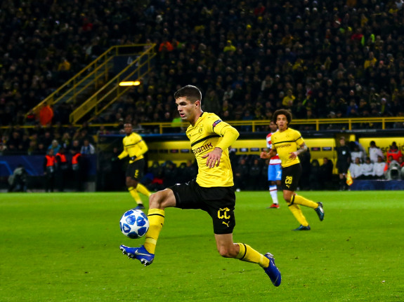 Pulisic3 - Sbobet88 Folbet Football Gambling Site - Is There Anything Better Than This?