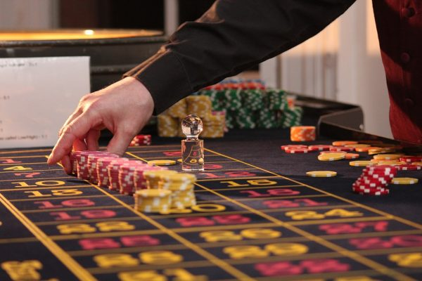 roulette table chips casino game gambling wi 600x400 1 - Winning on the web sports betting is Fun88 wagering webpage