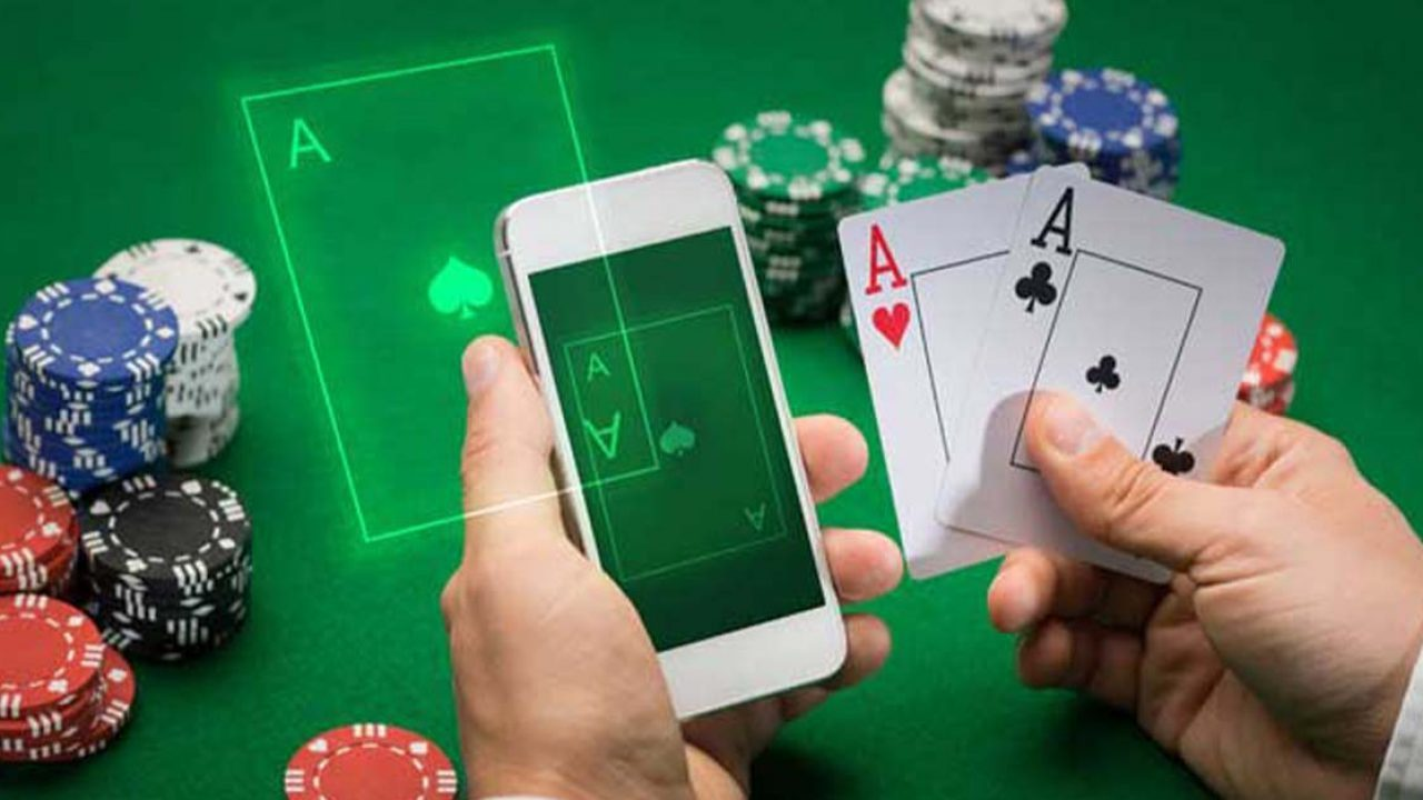 online gambling 1 1 - Five Important Benefits of Playing Wireless Casinos