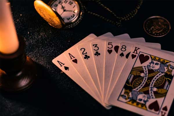 Extensive Use Of Casino Software - Advantages of Professional Internet Poker Players